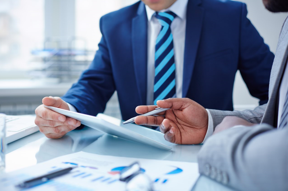What should you look for in a sales consultant?